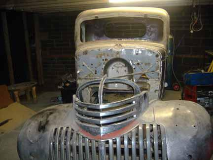 1951 Ford F1 Pick Up additionally 1949 Ford Parts Catalog furthermore Ford Flathead V8 Radiator Aluminum likewise ClassicCars besides Griffiths pete 1946. on 1946 chevy truck front clip